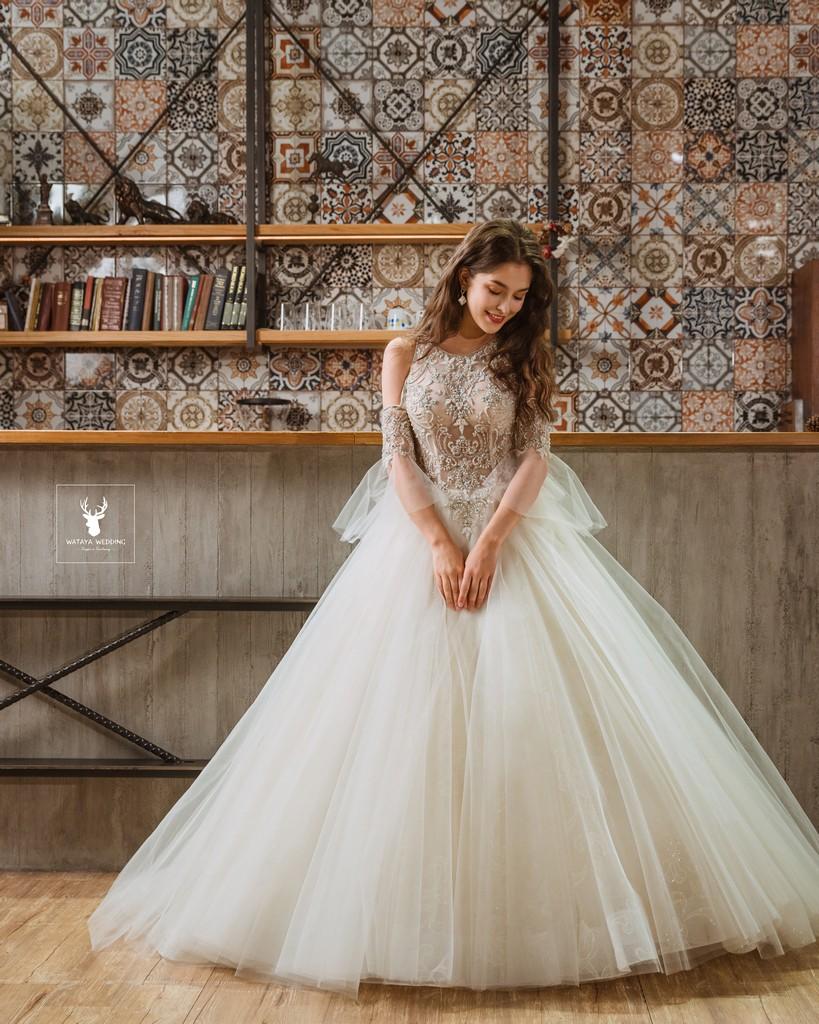 品牌手工婚紗 CASABLANCA BRIDAL