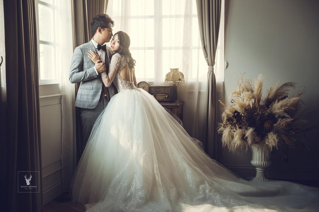 復古室內婚紗照風格